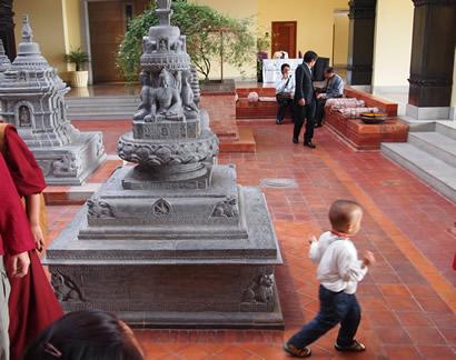 nepal_linpoche4_410