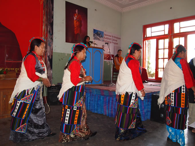 nepal_mustanclothes680