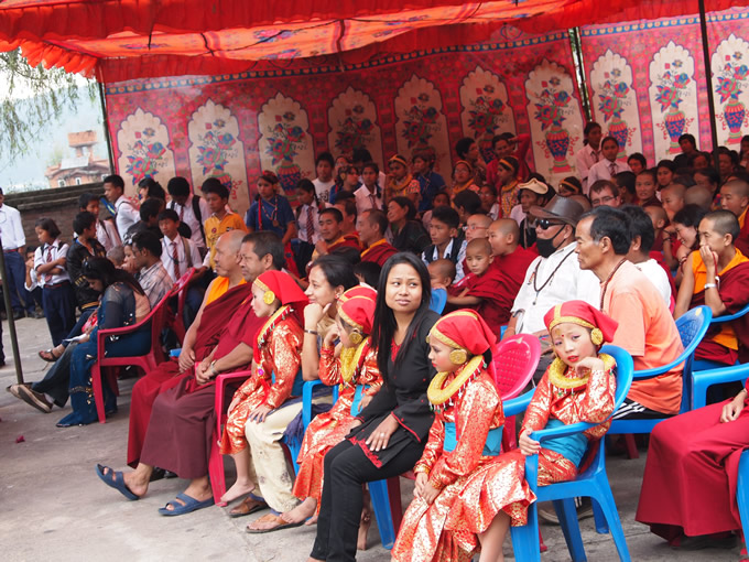 nepal_shikiten2_680