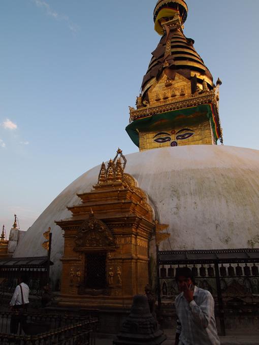 nepal_temple4_680