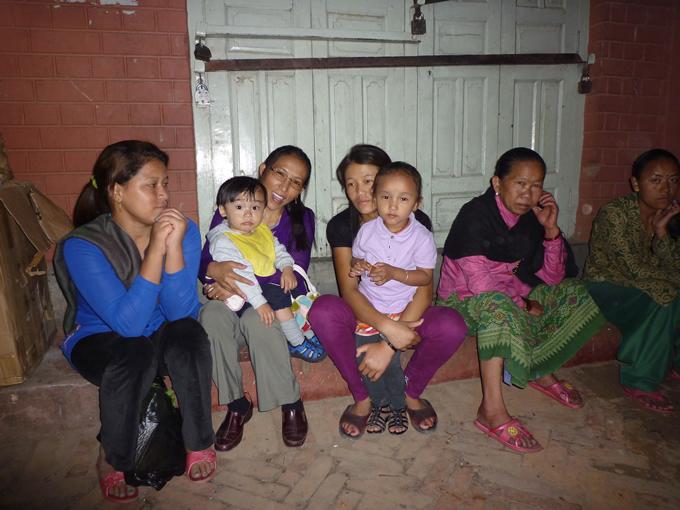 nepal_woman2_680