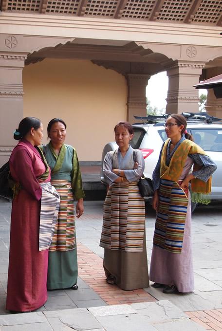 nepal_woman_680